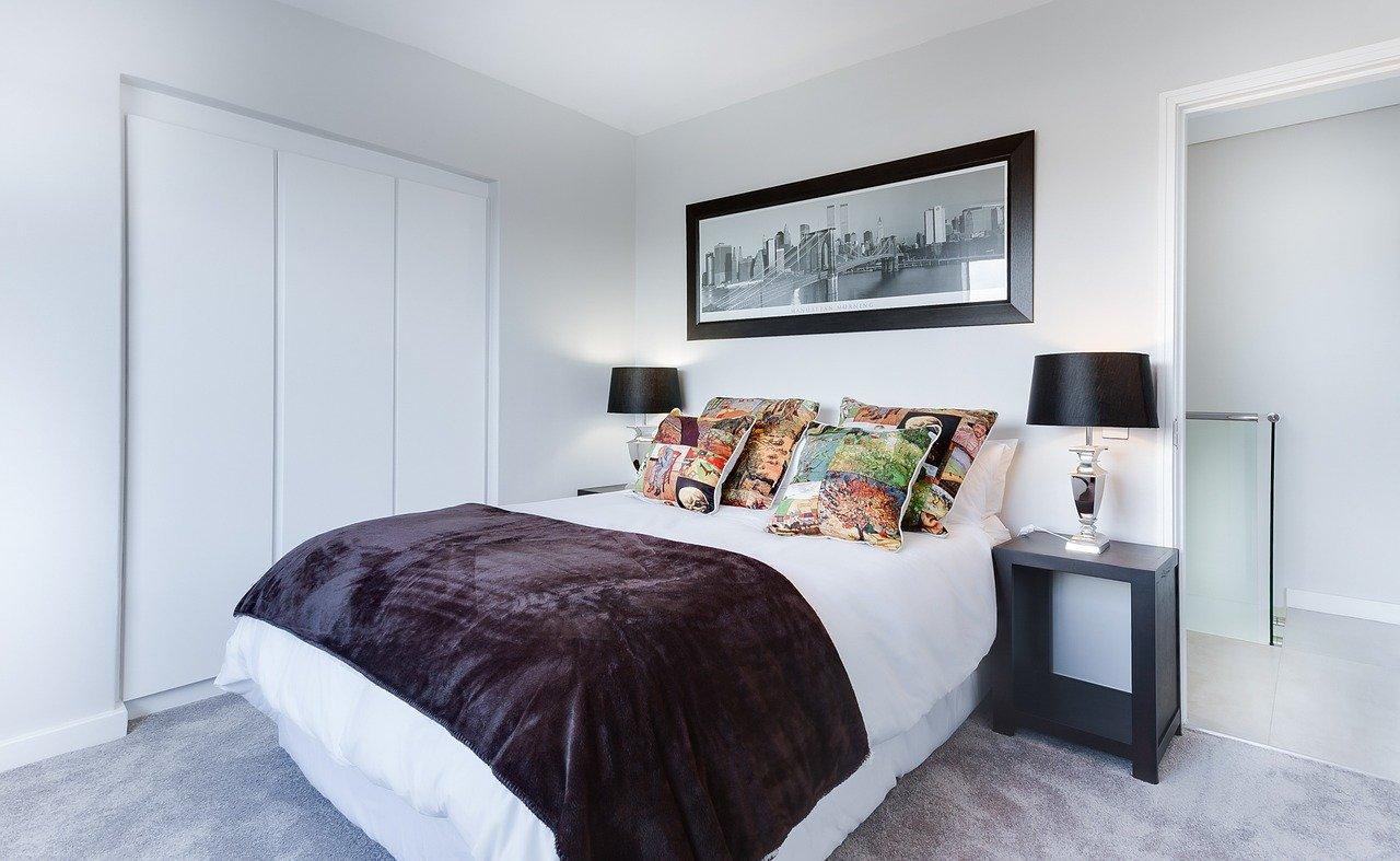 Modernes Schlafzimmer zum Thema Lichtverschmutzung.