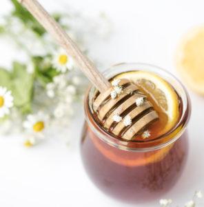 Honig und Wildpflanzen für die Gesundheit